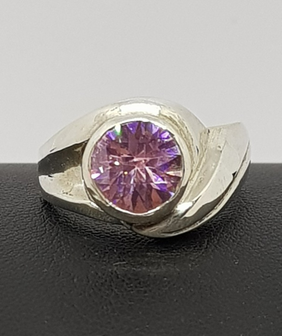 Solid sterling silver pink gemstone ring image 0