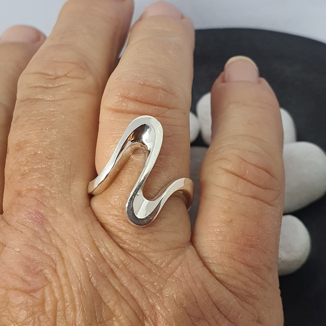 Sterling silver elongated open wave ring - made in NZ image 0