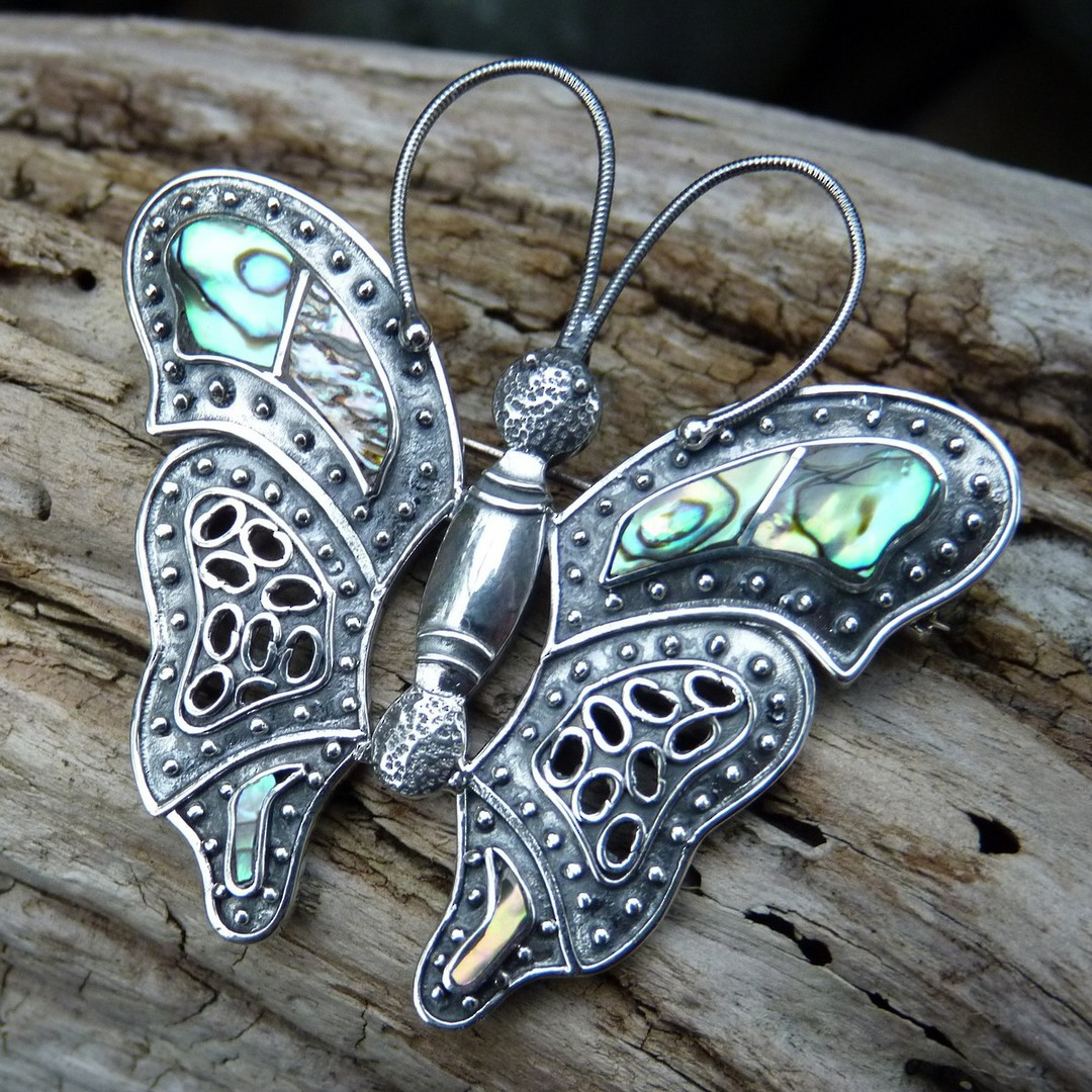 Sterling silver paua shell butterfly pendant/brooch image 0