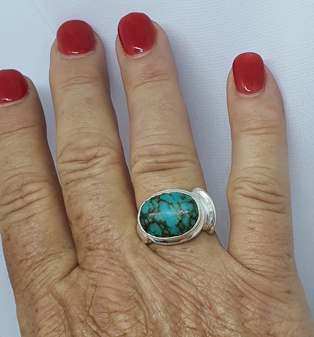 Sterling silver turquoise ring, gorgeous design, NZ made image 1