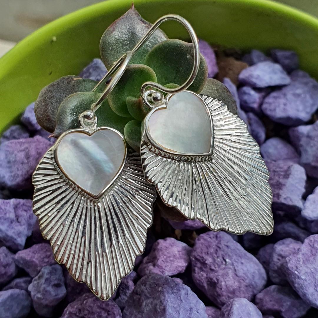 Leaf shape mother of pearl earrings image 0