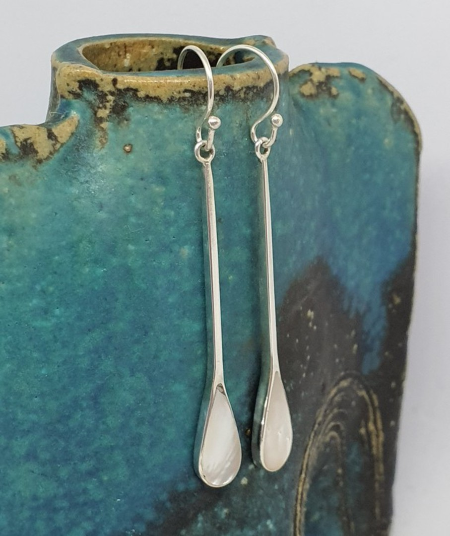 Mother of pearl long elegant hook earrings image 0