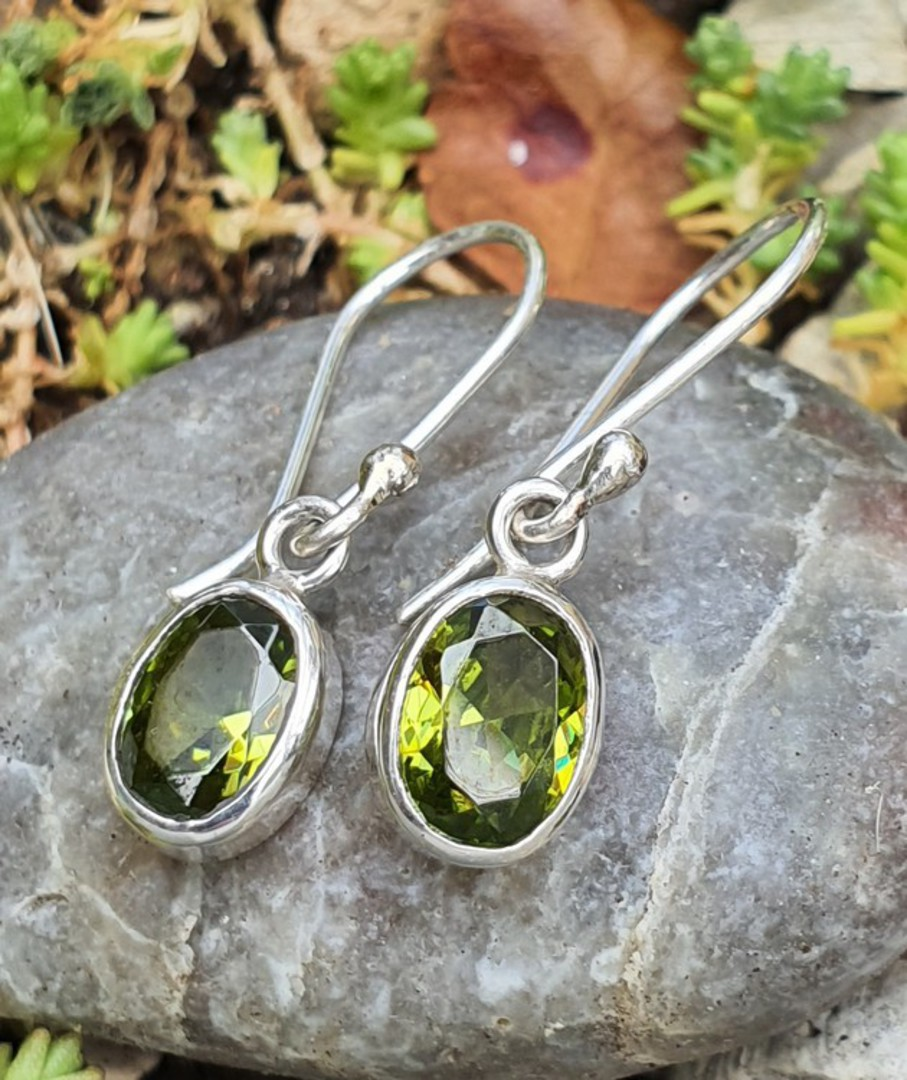 Sterling silver peridot earrings image 0