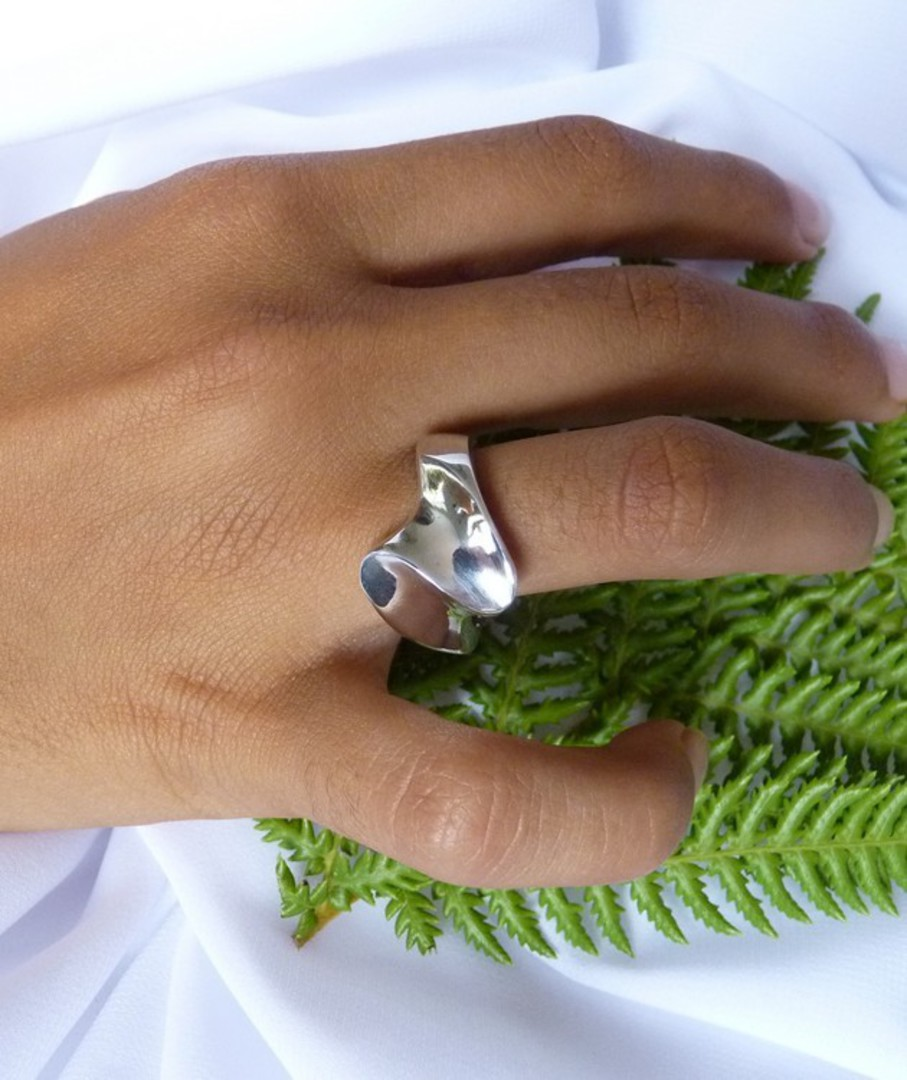 Solid sterling silver ring - made in NZ image 3