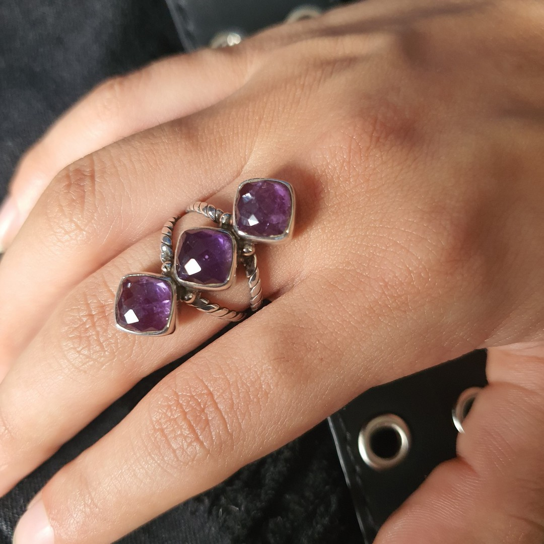 Sterling silver ring with three facet cut amethyst gems image 3