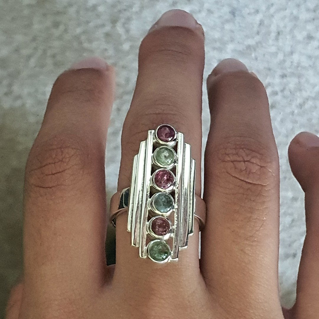 Long rectangle ring with green and red gemstones image 2