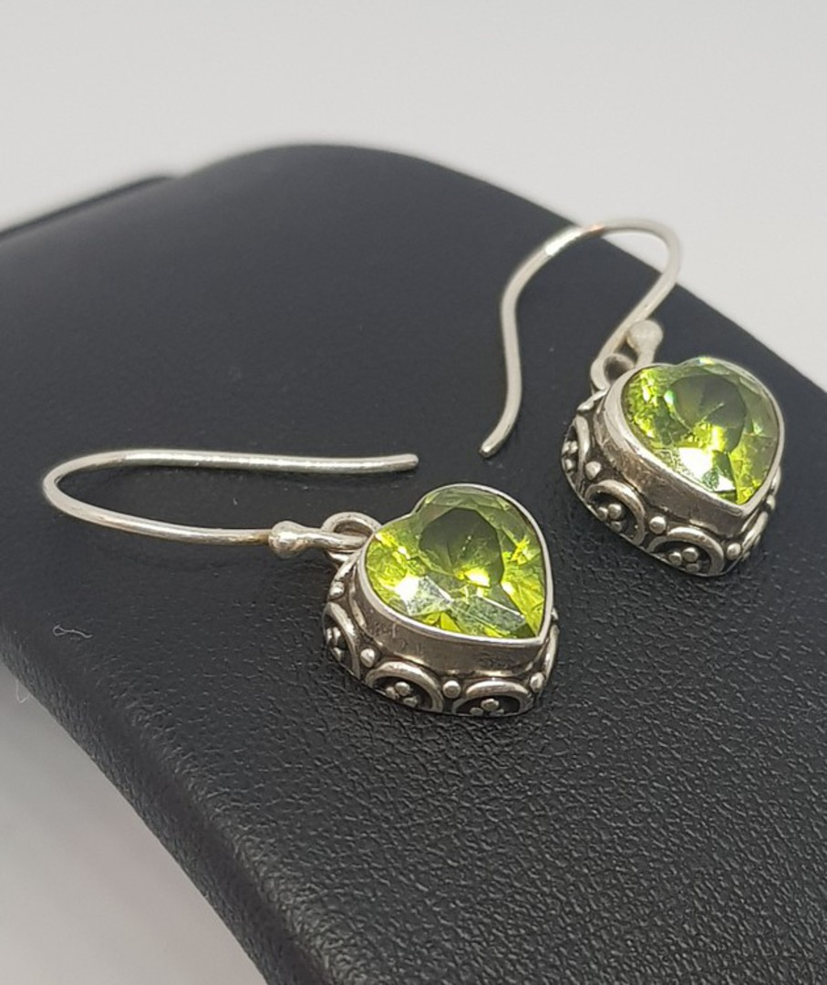 Silver Peridot Earrings! image 4