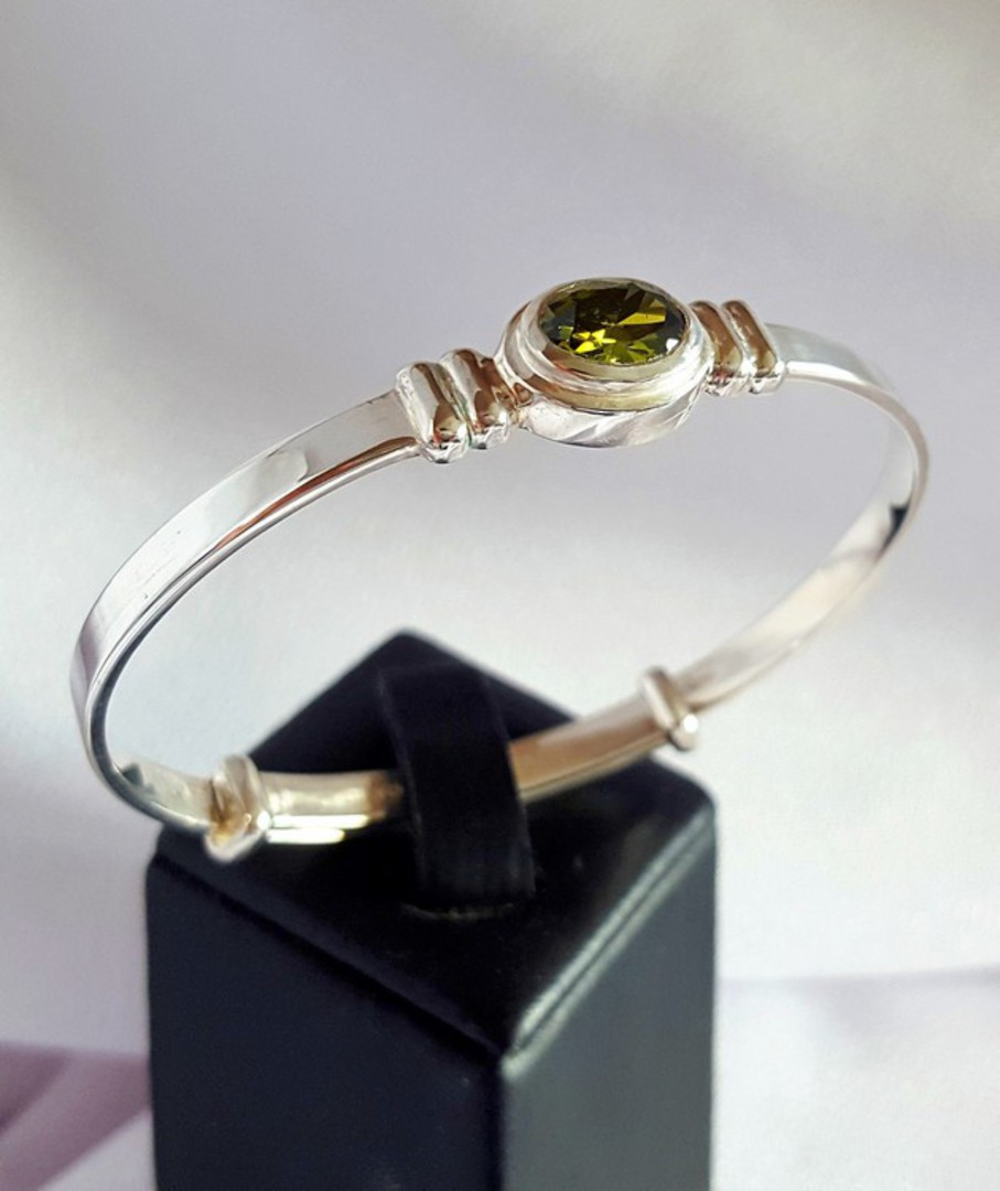 Sterling silver August birthstone baby bangle image 2