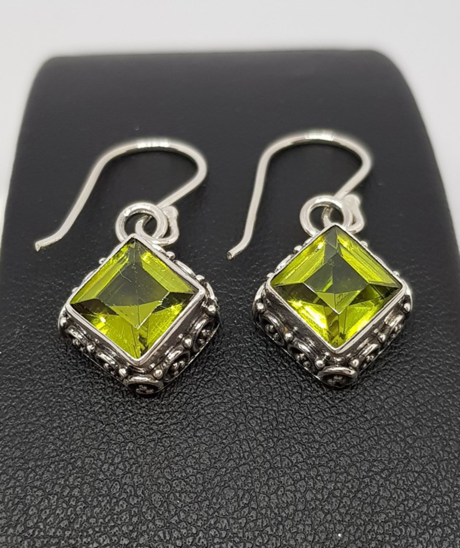 Silver peridot earrings with filigree detail image 2