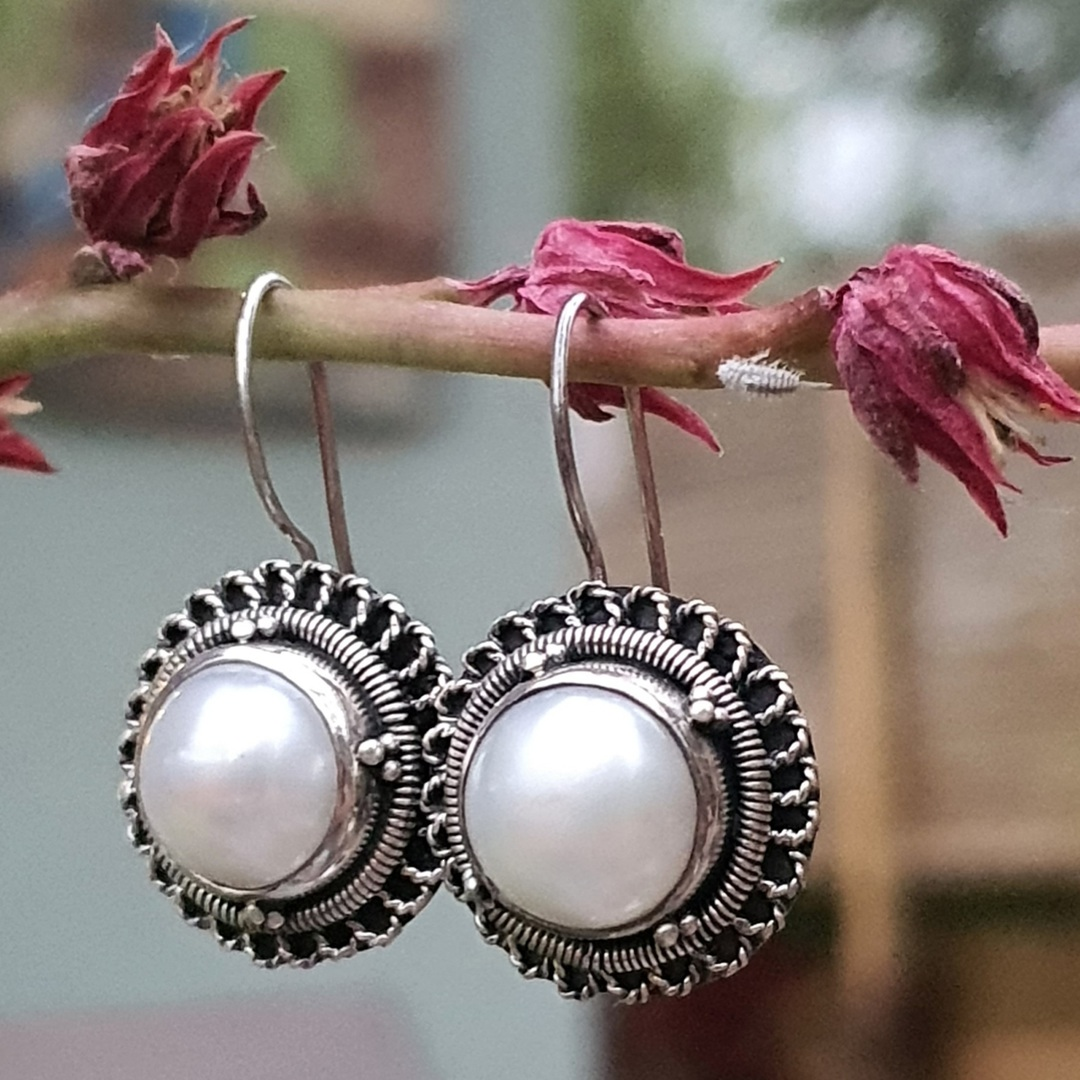 Sterling silver large fresh water pearl earrings image 0