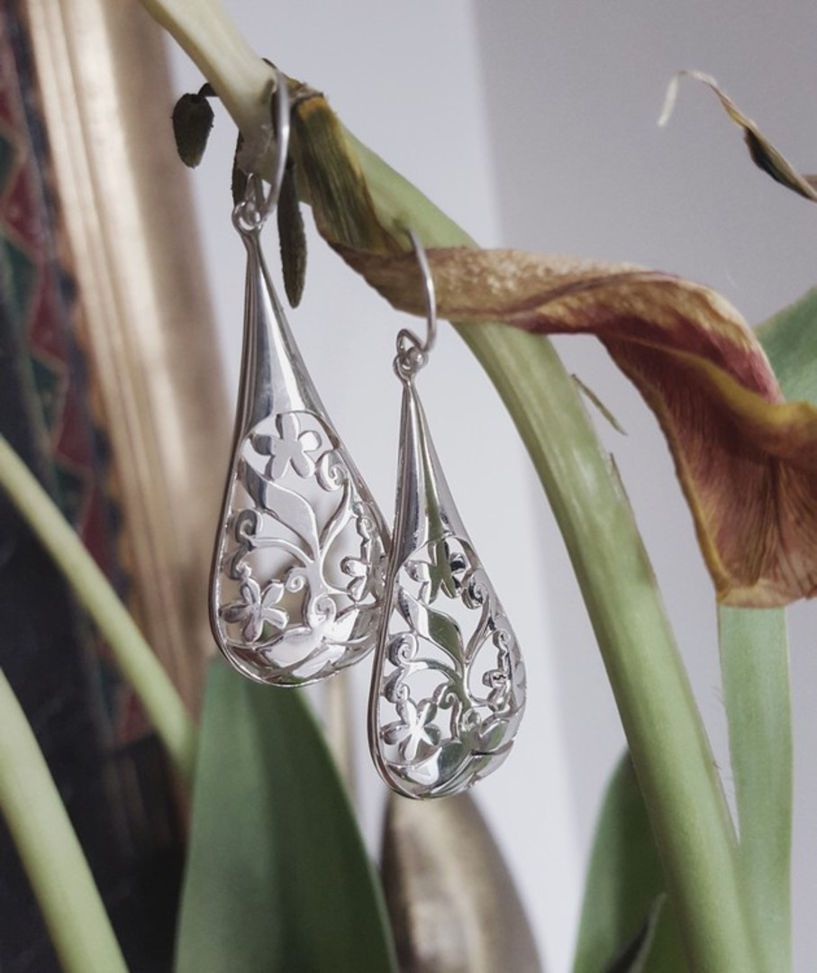 Sterling silver carved earrings image 2