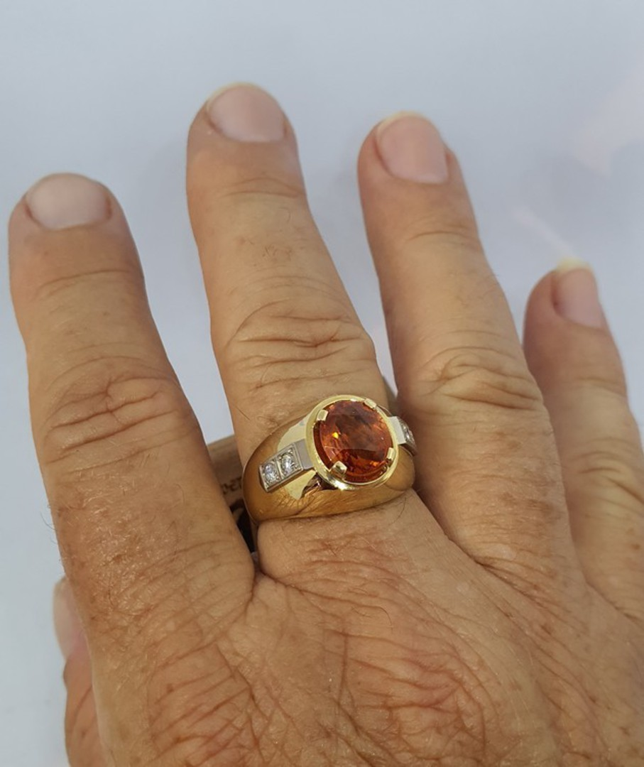 18ct yellow gold modern sapphire and diamond ring image 2