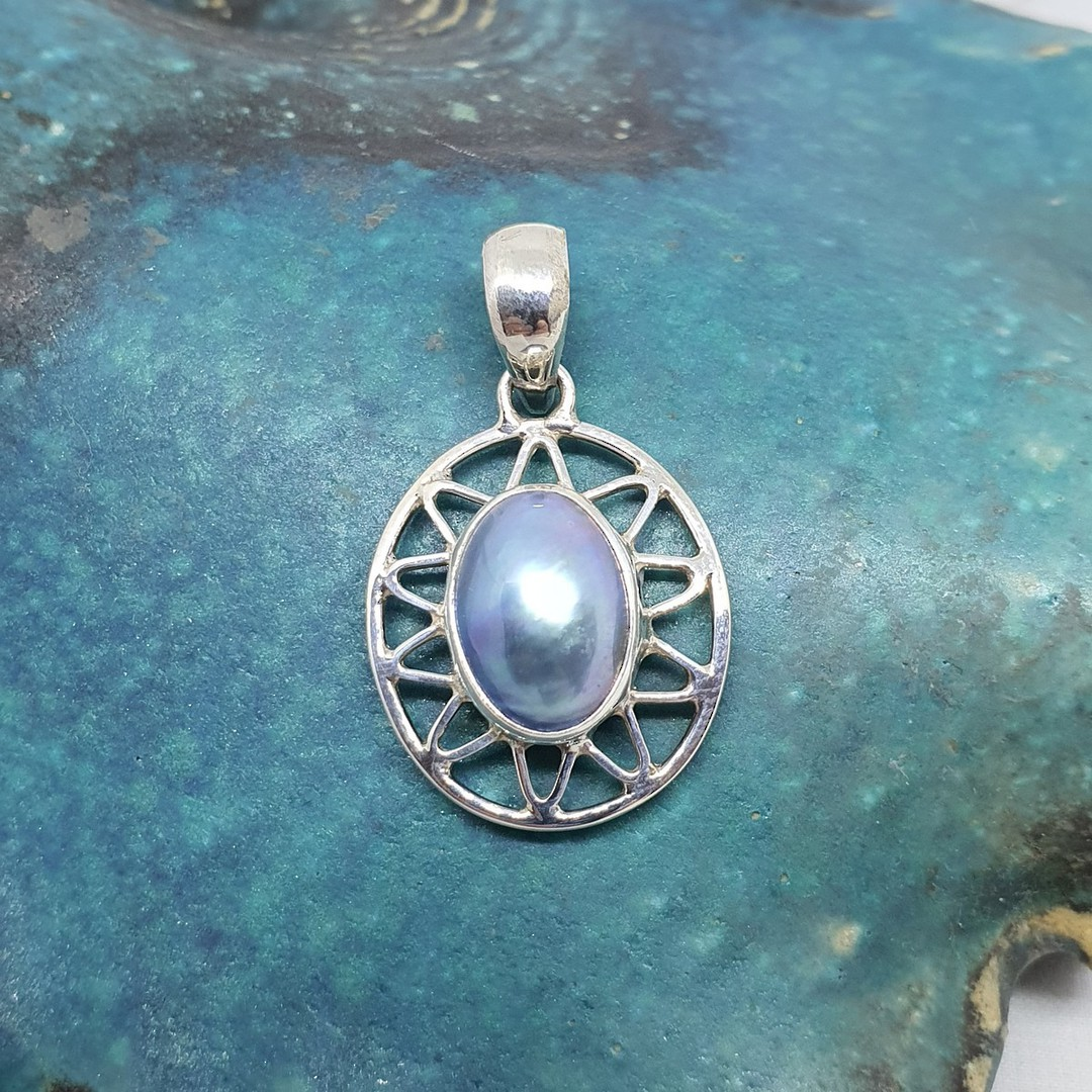 Sterling silver oval grey mabe pearl pendant image 1