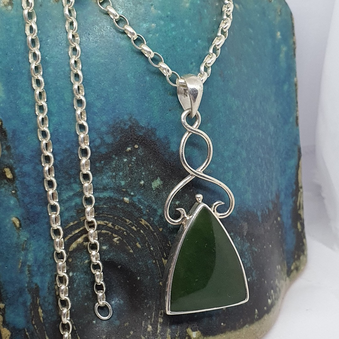 Sterling silver NZ greenstone pendant image 2