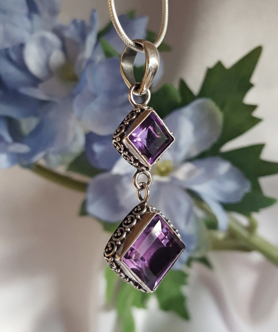 *NEW* silver amethyst pendant with detailed silver frame image 0