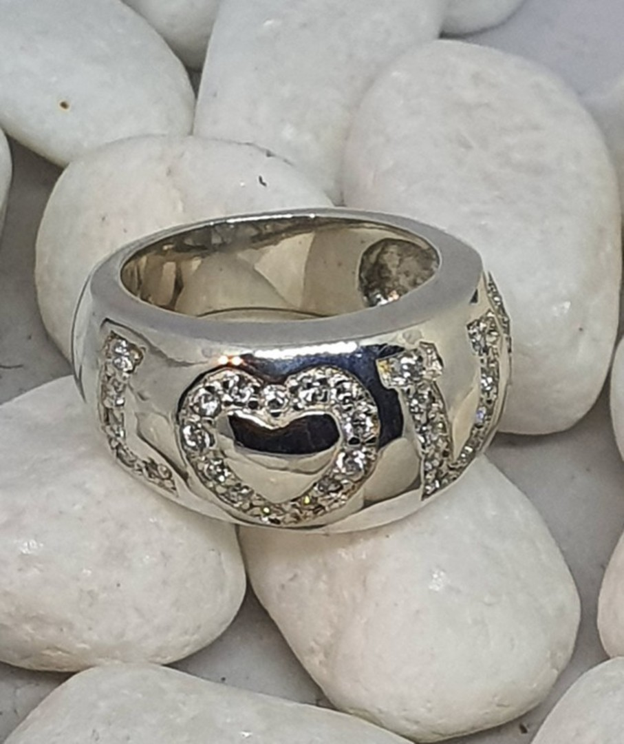 Chunky sterling silver ring with LOVE in CZ image 1