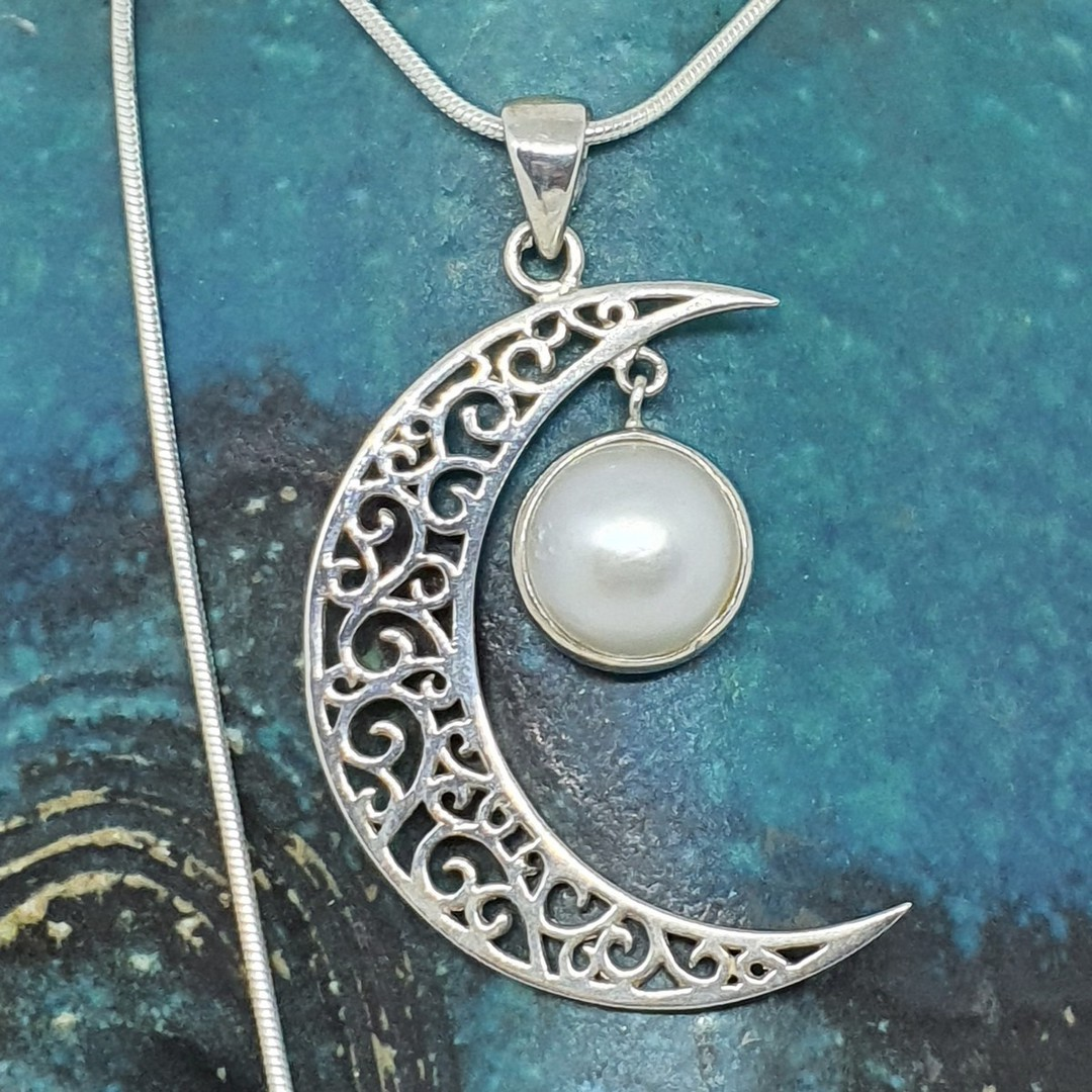 Silver crescent moon pendant with pearl image 1