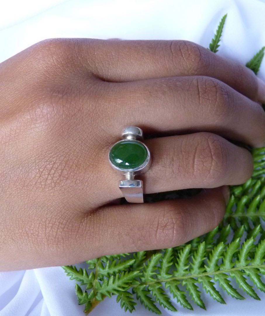 NZ Greenstone ring image 1