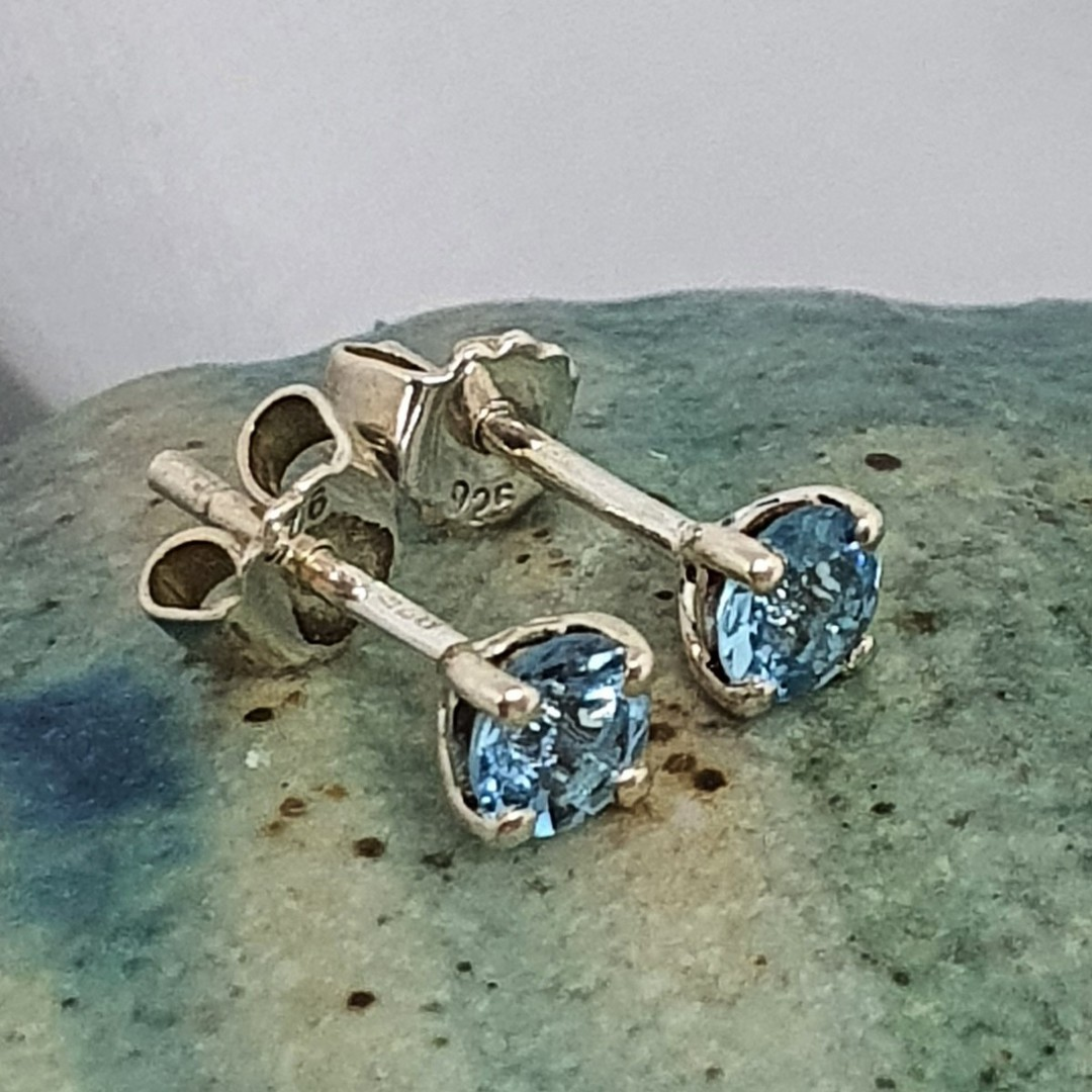 Blue topaz stud earrings image 2