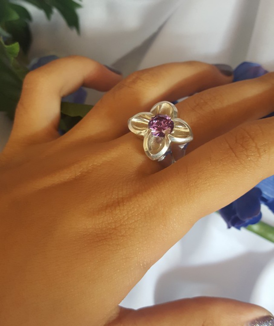 Silver flower ring with sparkling purple stone image 3
