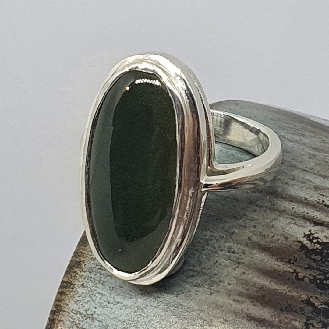 Ladies greenstone ring, made in NZ image 0