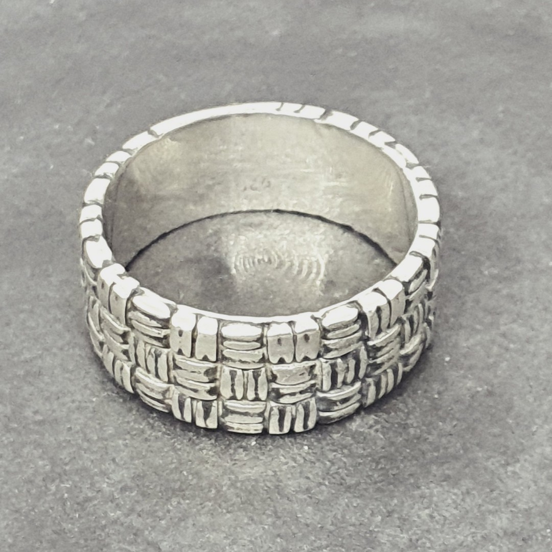 Sterling silver 8.5mm wide band ring with basket weave pattern image 2