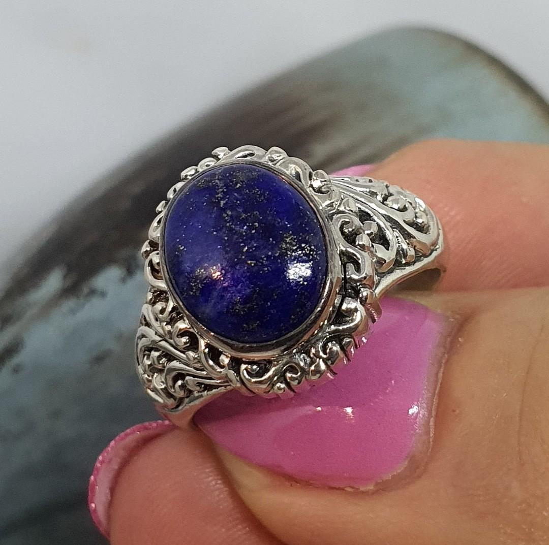 Sterling silver oval lapis lazuli gemstone ring image 3