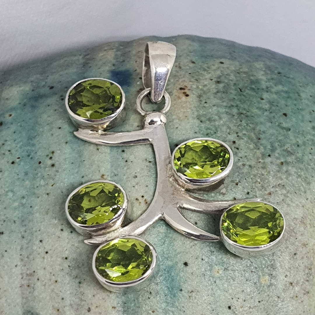 Sterling silver green peridot pendant image 0