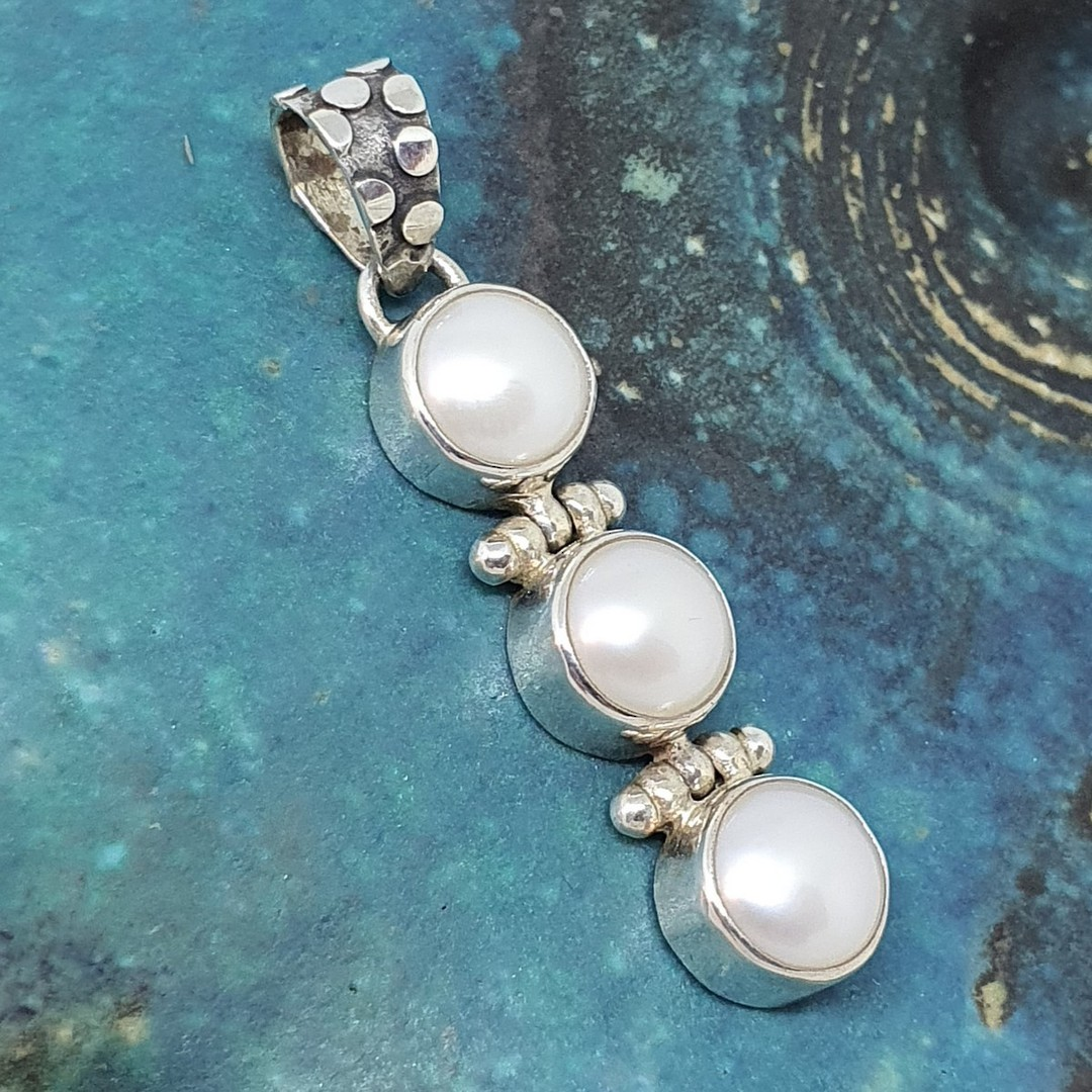 Sterling silver three pearl pendant image 1