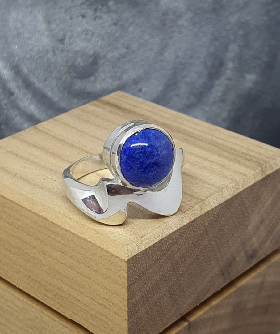 Sterling silver lapis lazuli ring, made in NZ image 2