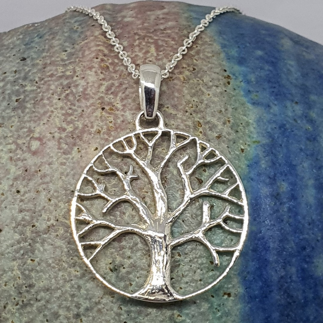 Silver tree of life pendant image 2