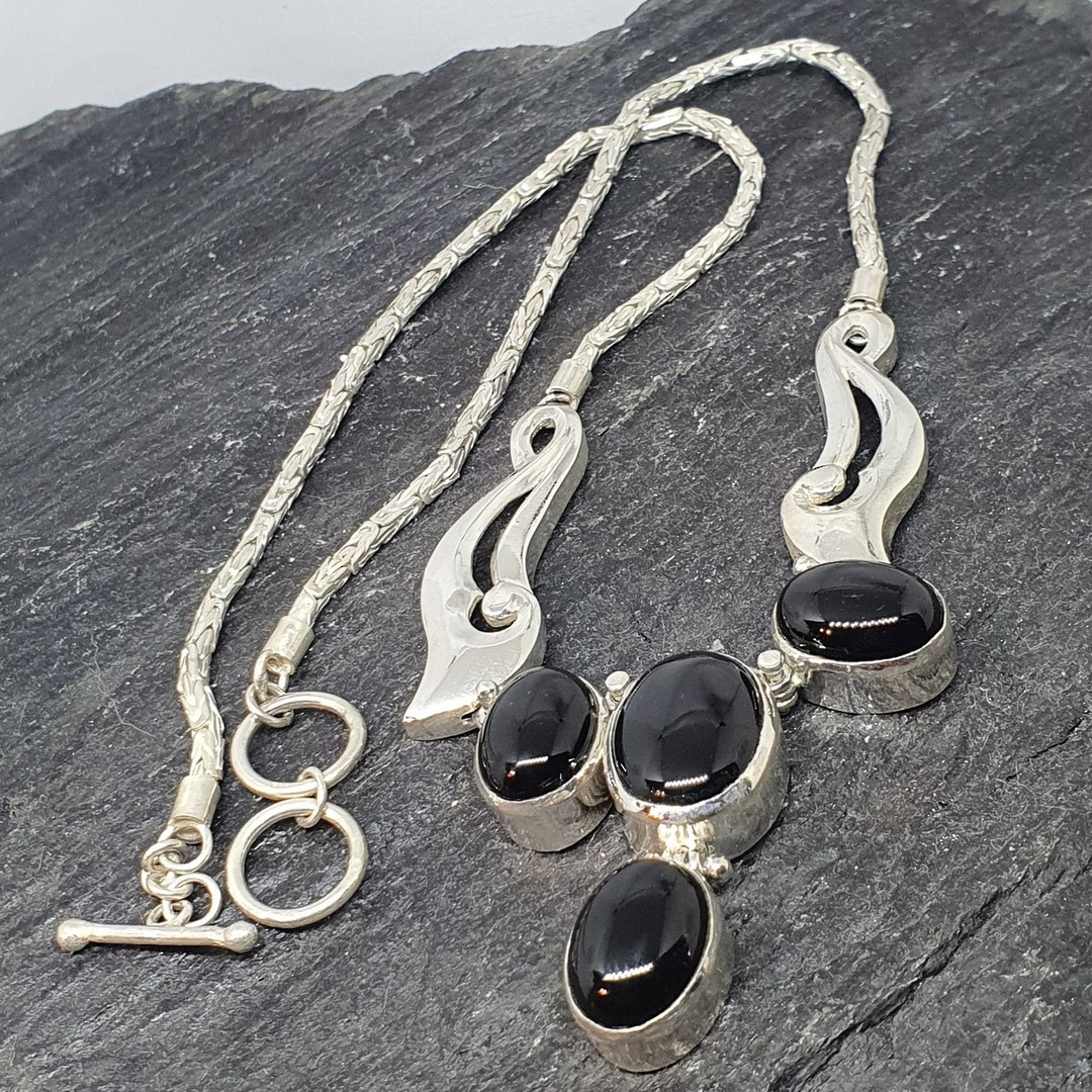 Made in NZ  - sterling silver black onyx necklace image 2