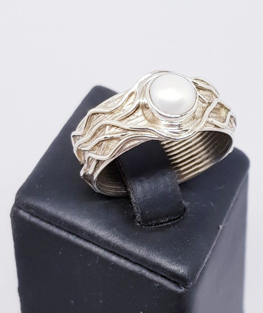 Sterling silver white pearl ring with a wide detailed band image 0