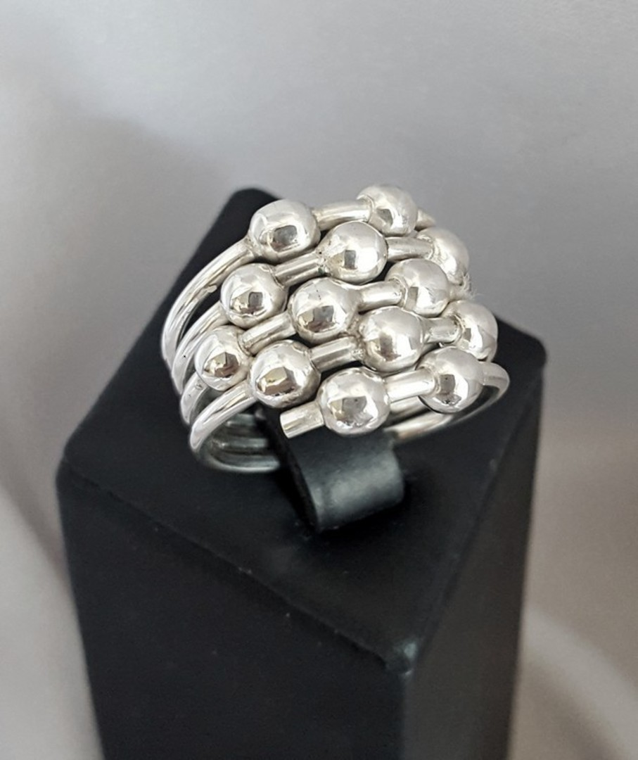 Sterling silver ring with silver spheres image 2