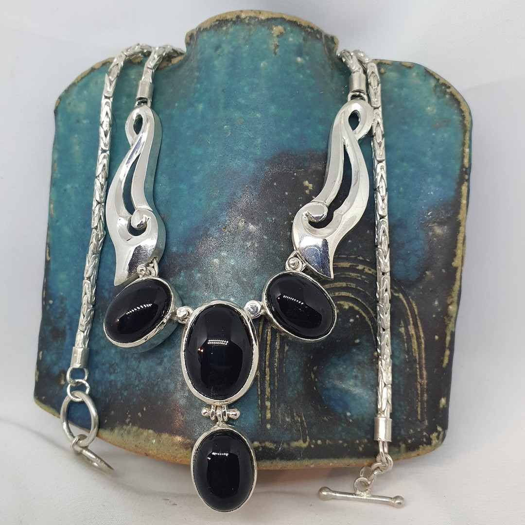 Made in NZ  - sterling silver black onyx necklace image 0