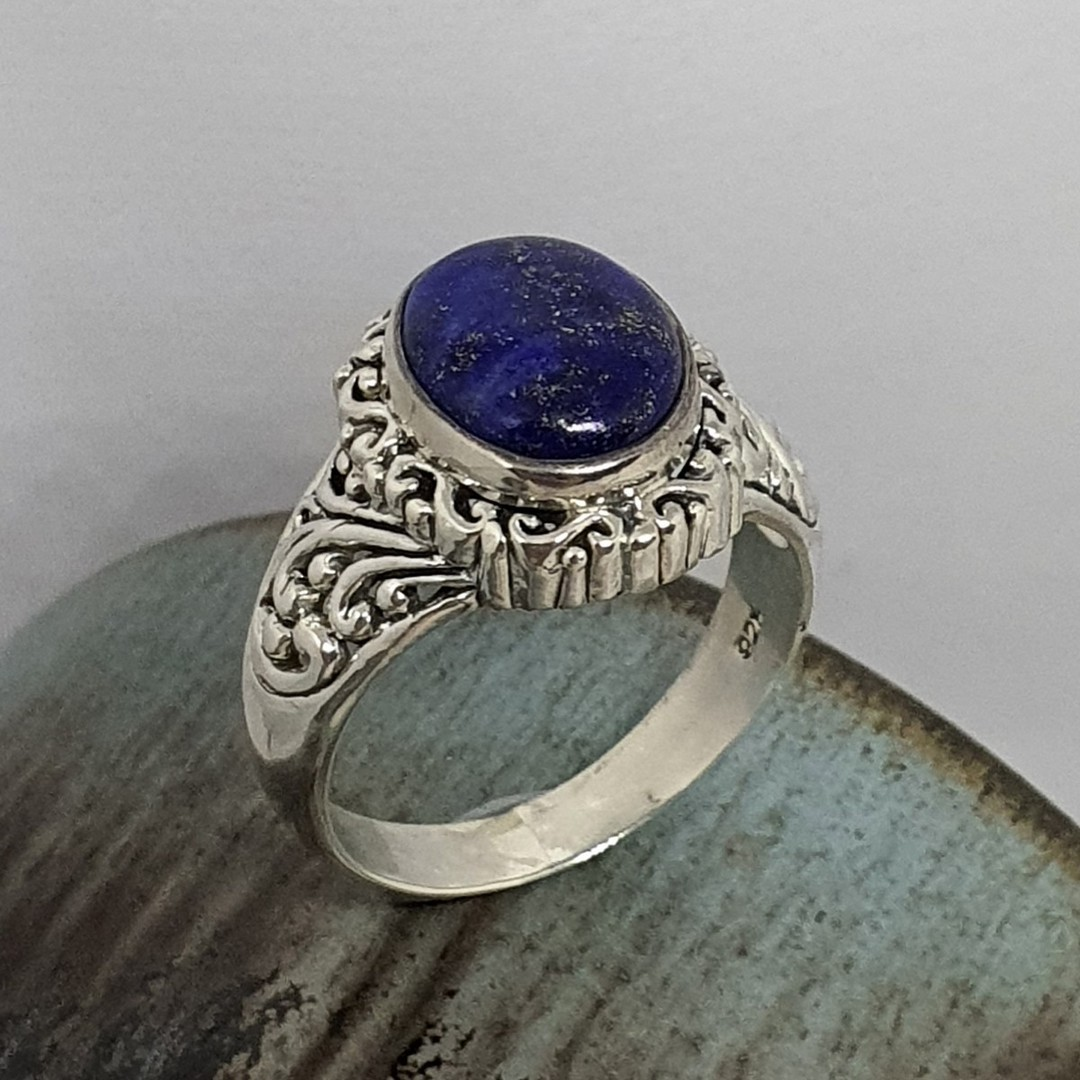 Sterling silver oval lapis lazuli gemstone ring image 1