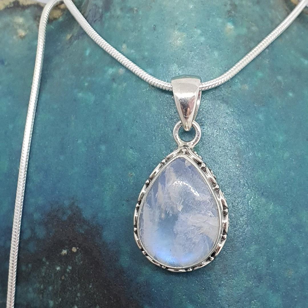 Sterling silver teardrop moonstone pendant image 3