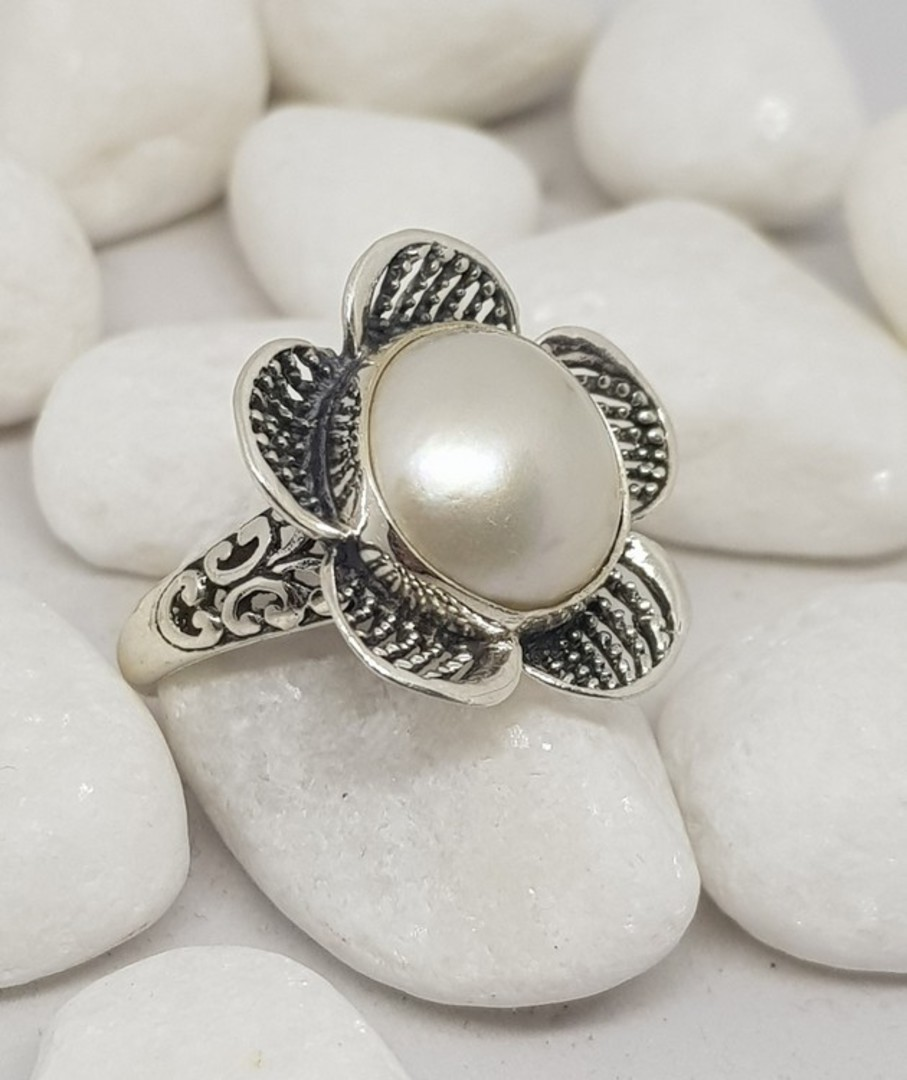 Sterling silver white pearl ring in a flower design image 3