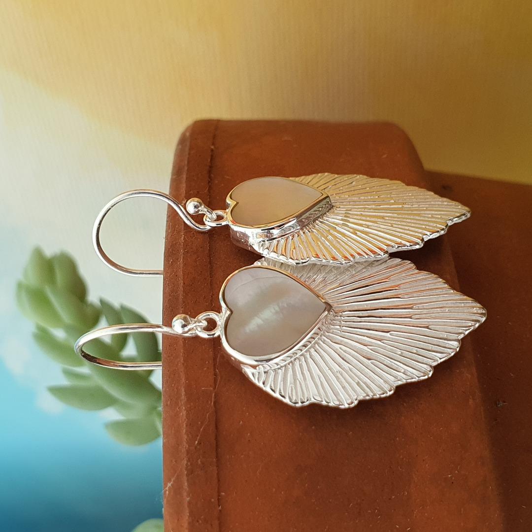 Leaf shape mother of pearl earrings image 2