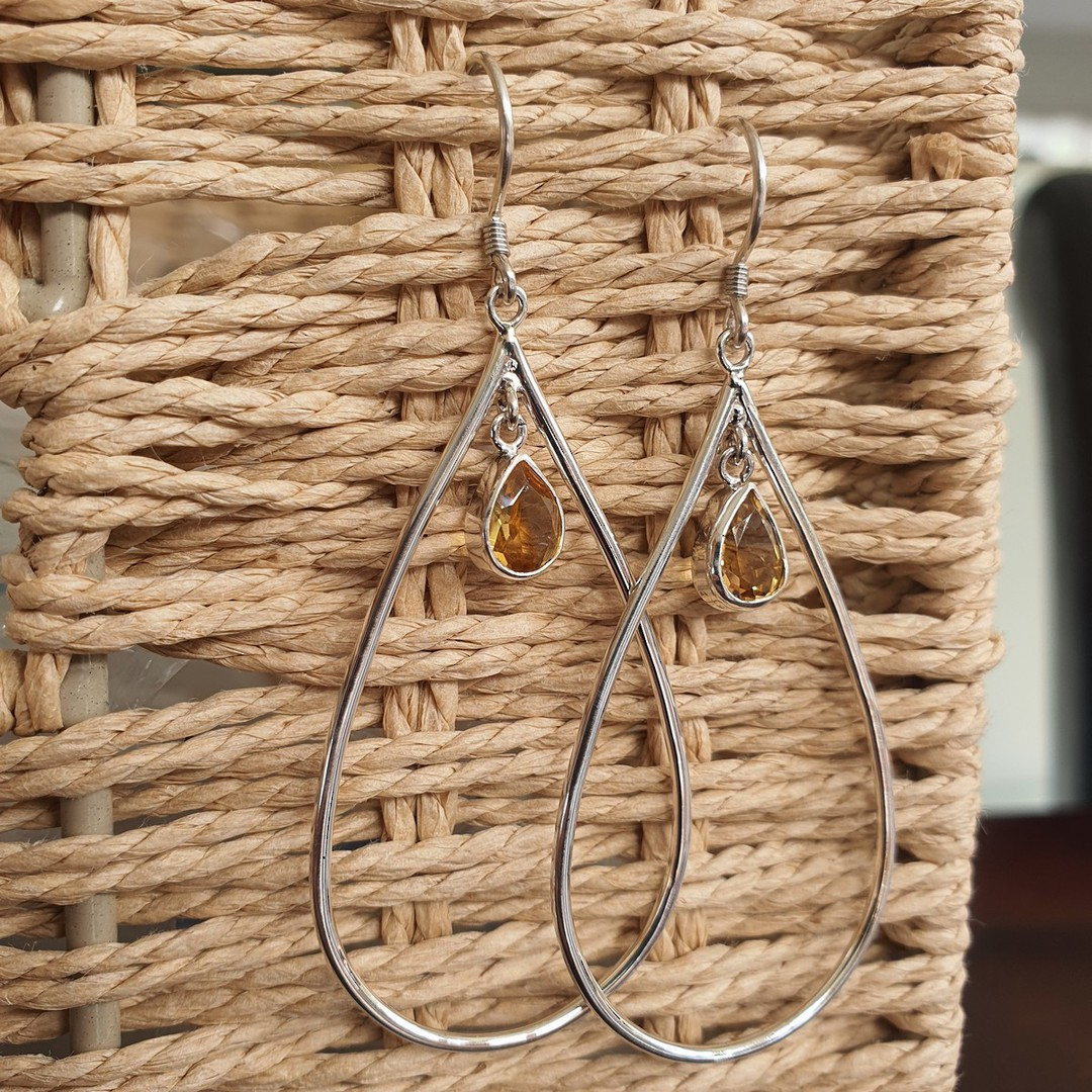 Oval silver hook earrings with citrine image 2