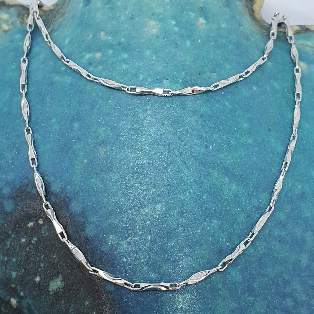 45cms fine silver link chain image 0