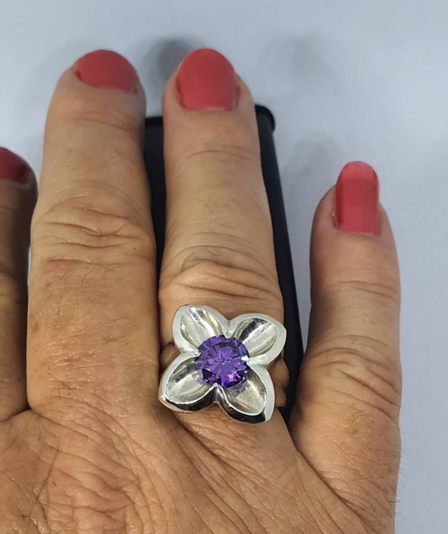 Silver flower ring with sparkling purple stone image 1