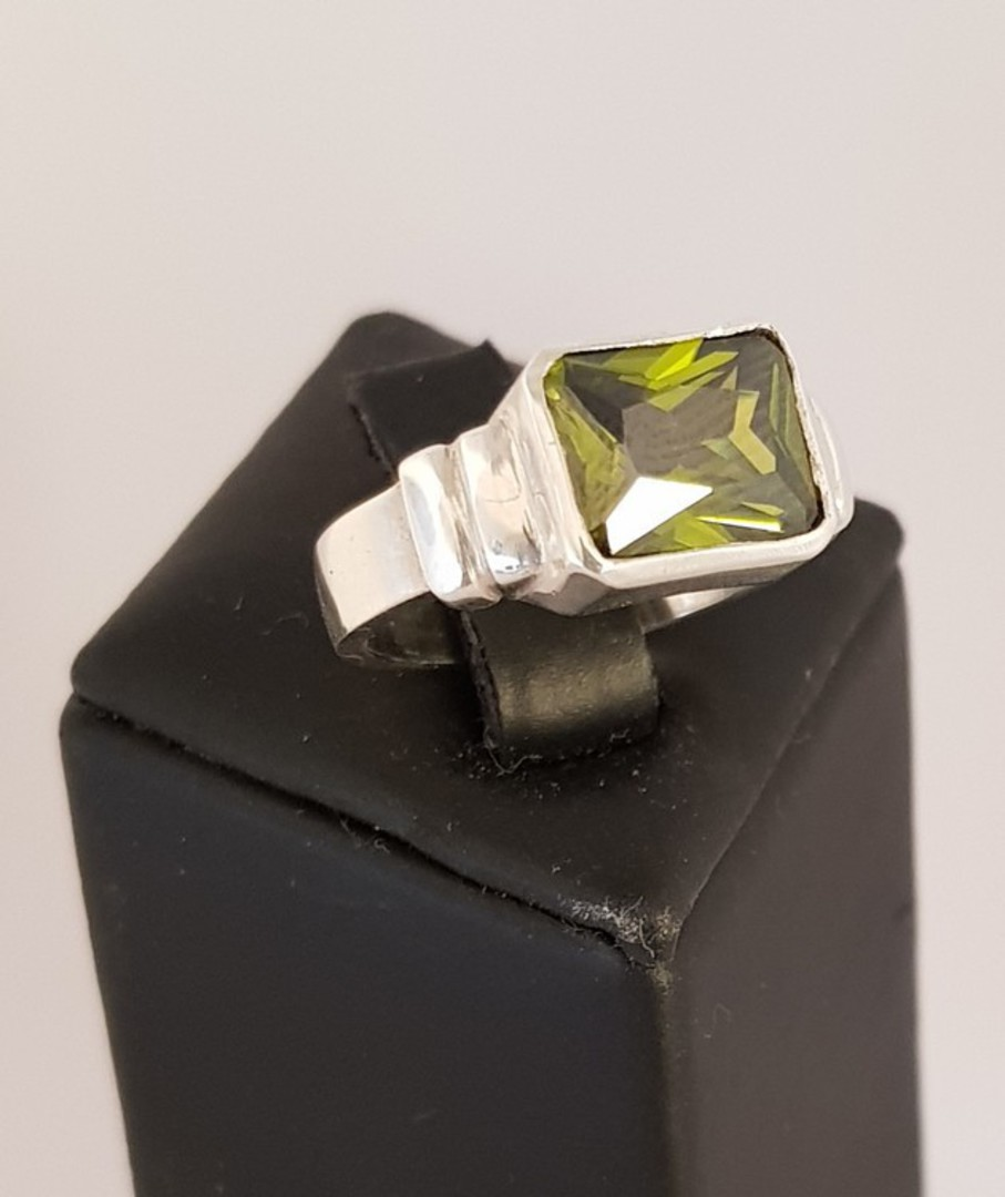 Sterling silver green gemstone ring, rectangle shape image 2