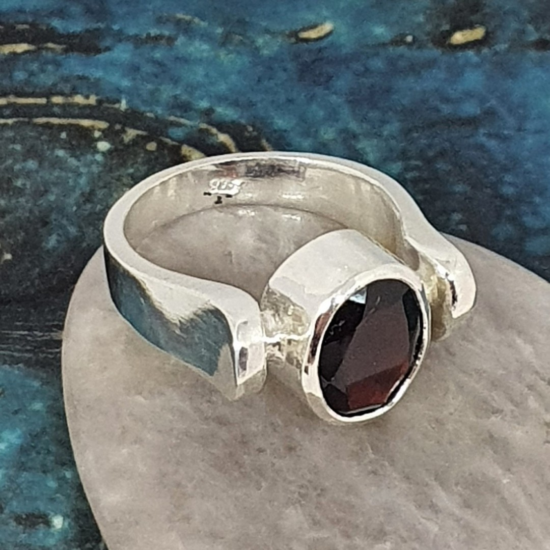 Facet cut garnet ring, sterling silver, made in NZ image 2