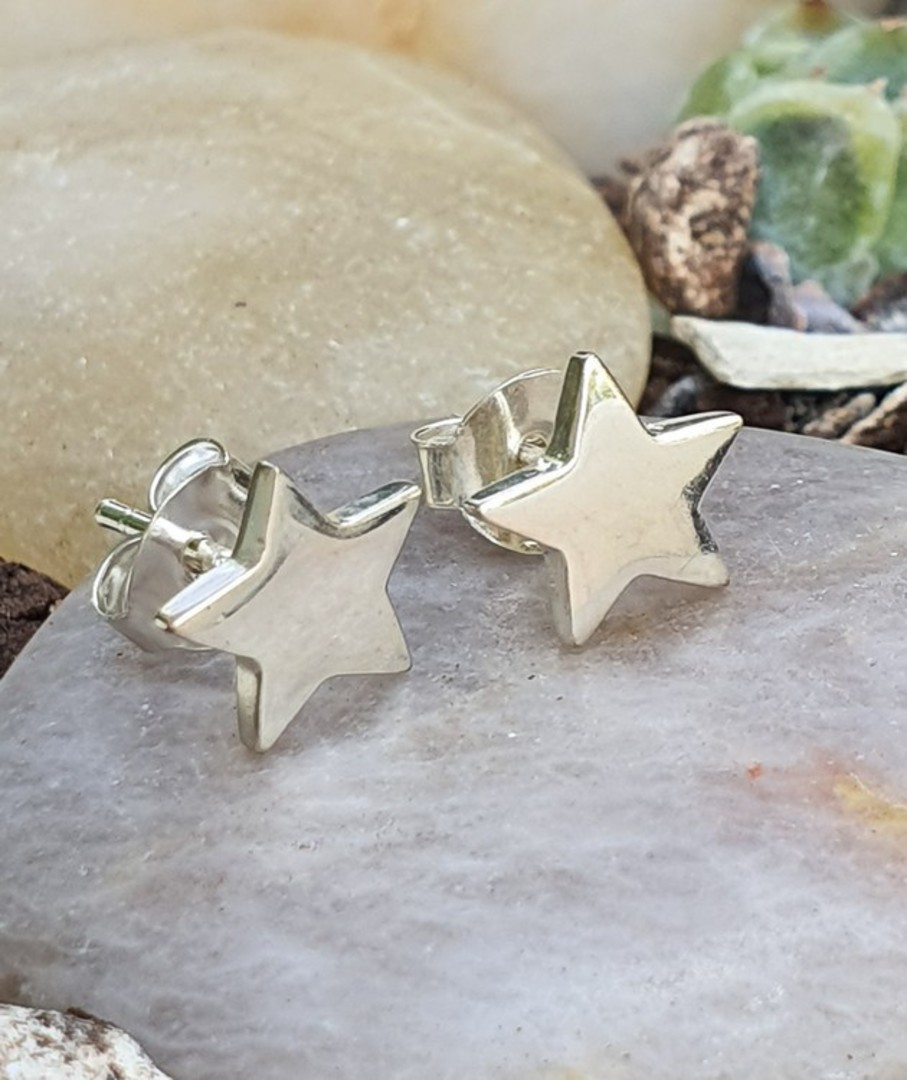 Sterling silver star stud earrings image 2