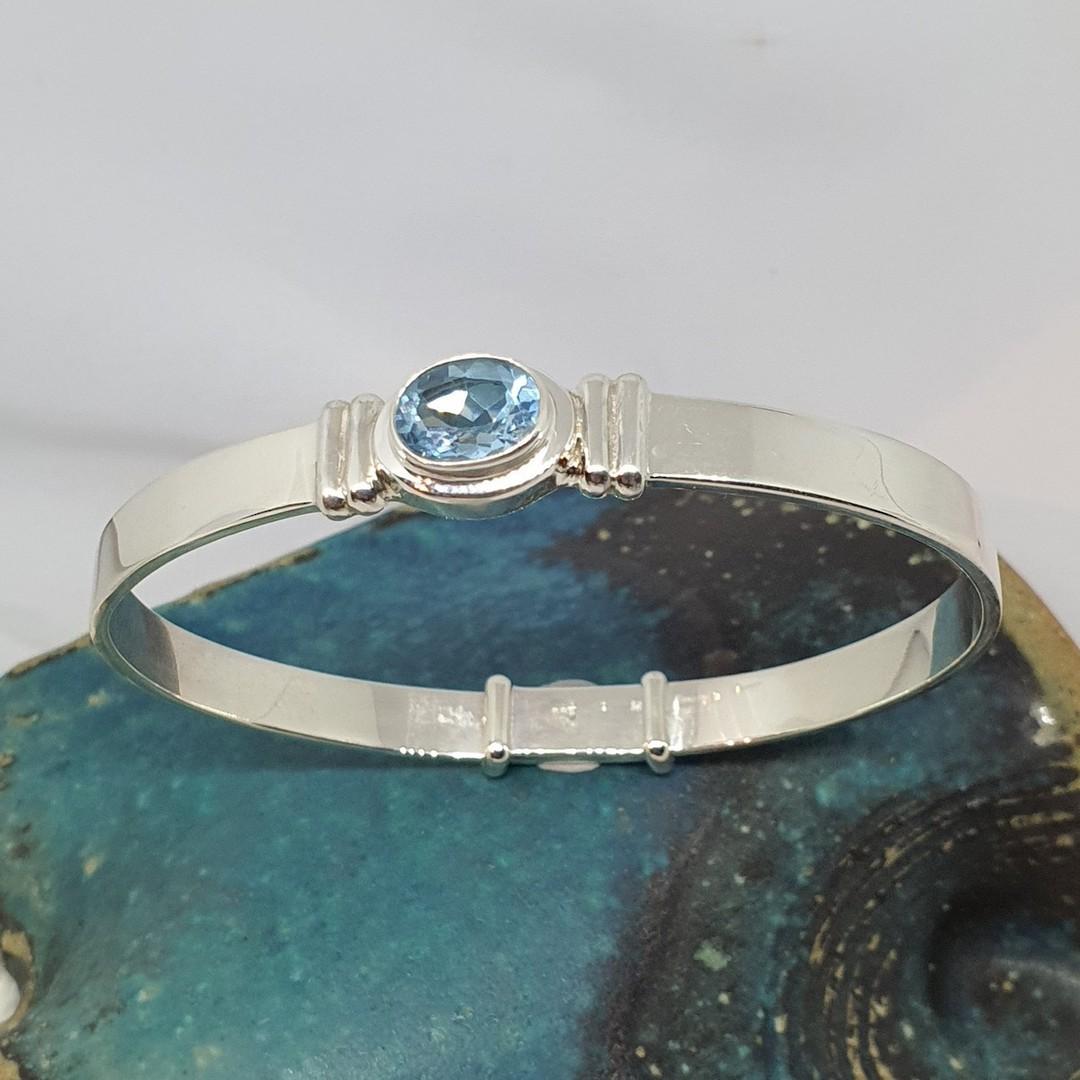 Sparkling blue topaz gemstone bracelet image 0