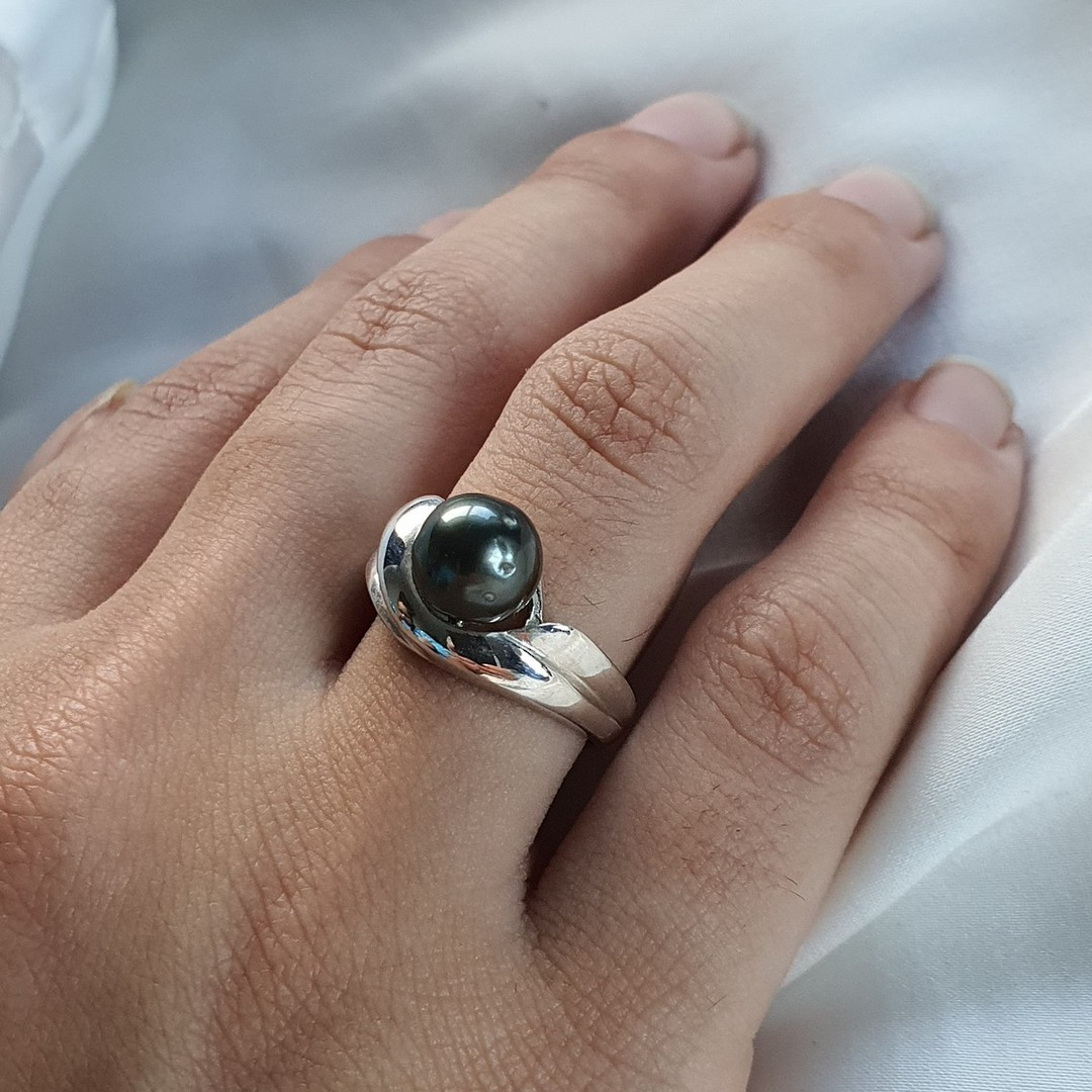 Sterling silver black pearl ring - made in NZ image 3