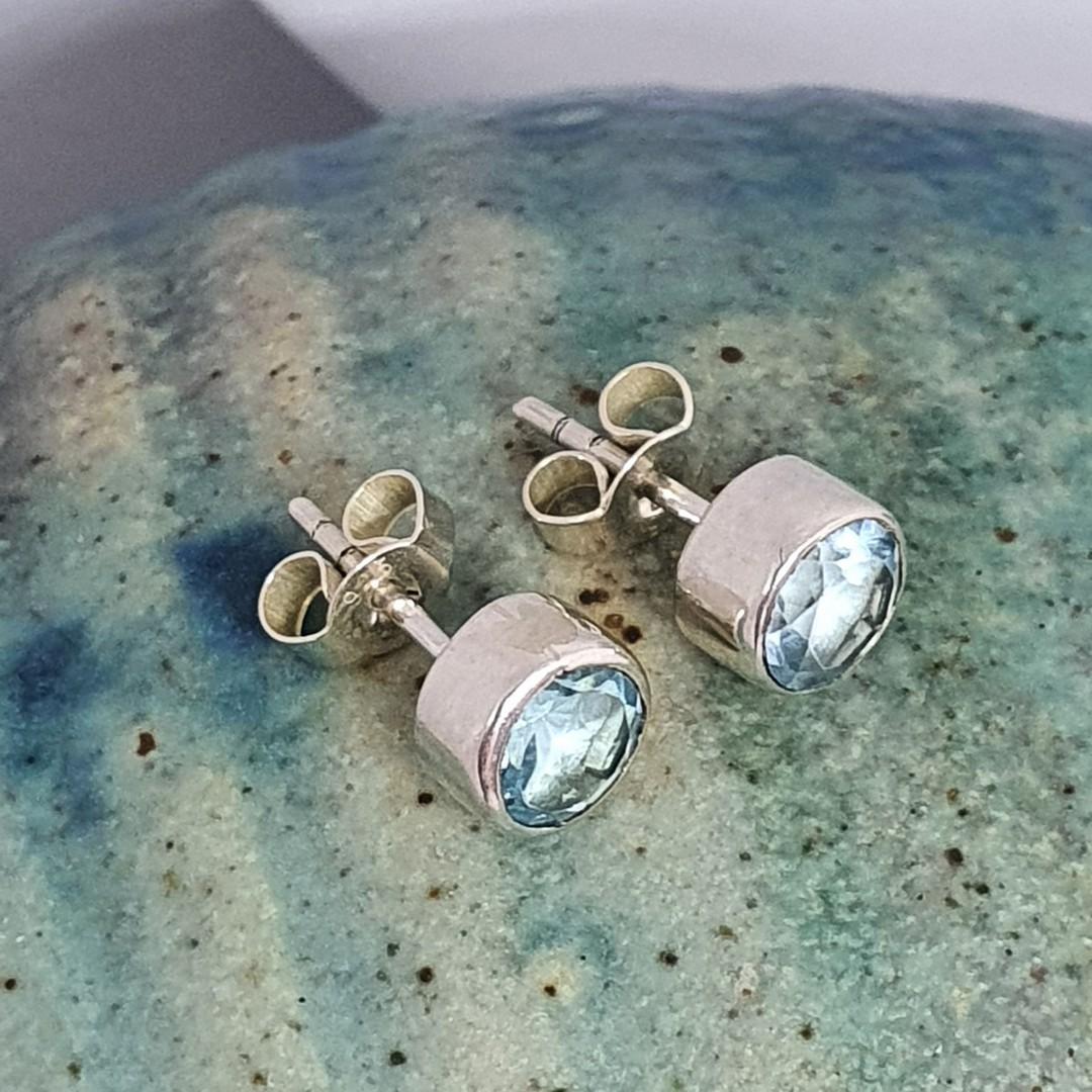 Round blue topaz stud earrings image 1