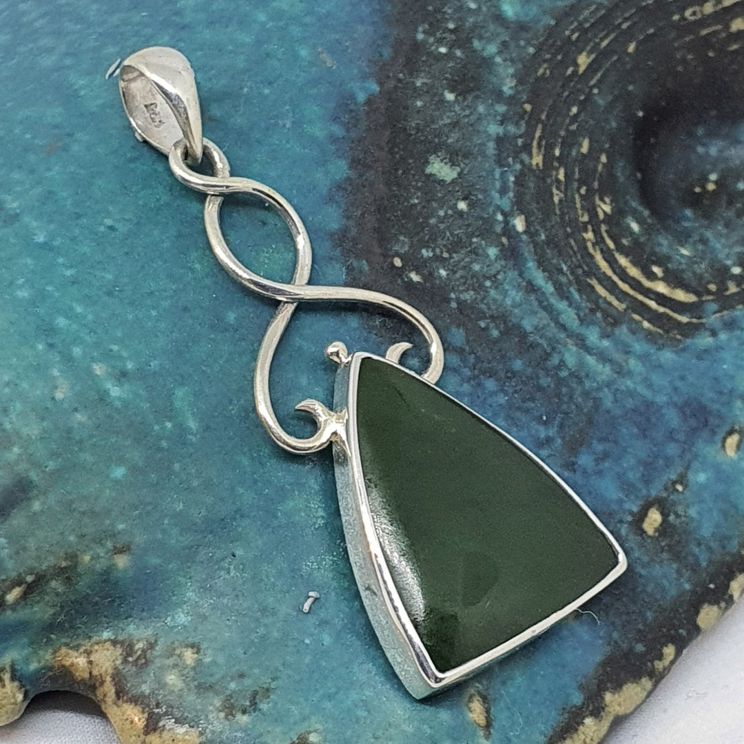 Sterling silver NZ greenstone pendant image 1