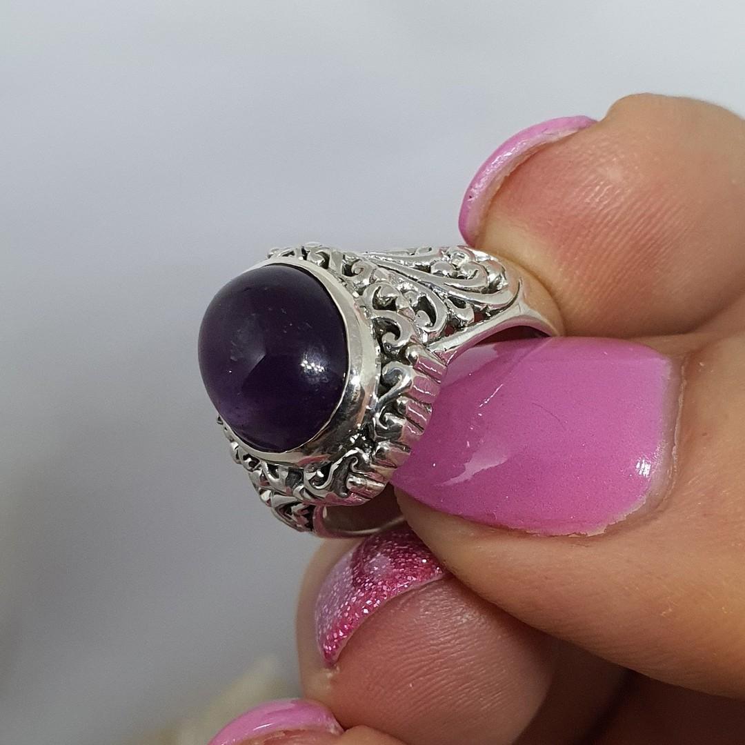 Sterling silver oval amethyst gemstone ring image 3